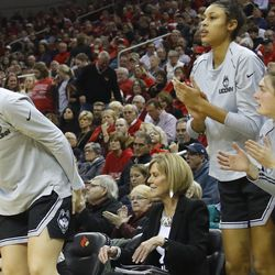 The UConn Huskies take on the Louisville Cardinals in a women's college basketball game at the KFC Yum! Center on January 31, 2019.