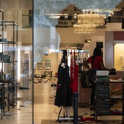 Macy's at 835 N. Michigan Ave. in the Water Tower Place on the Magnificent Mile after looting broke out overnight in the Loop and surrounding neighborhoods, Monday morning, Aug. 10, 2020.