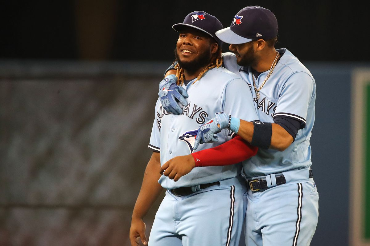 Toronto Blue Jays beat the Baltimore Orioles in the last game of the season, but wins by the New York Yankees and the Boston Red Sox eliminate the Jays from the postseason