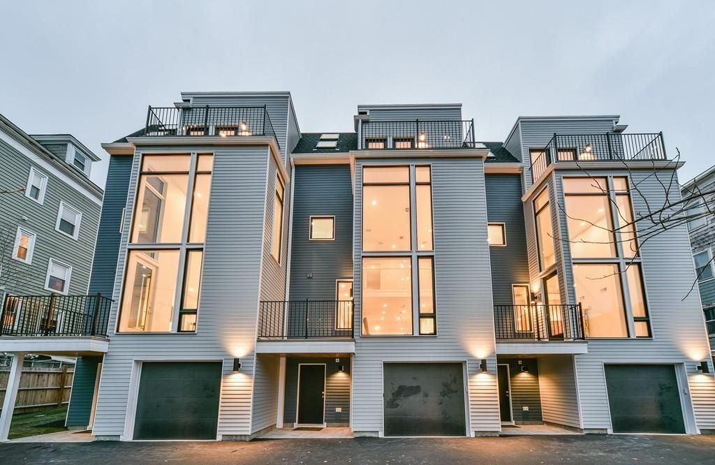 New Jamaica Plain townhouse includes 20-foot wall of glass ...