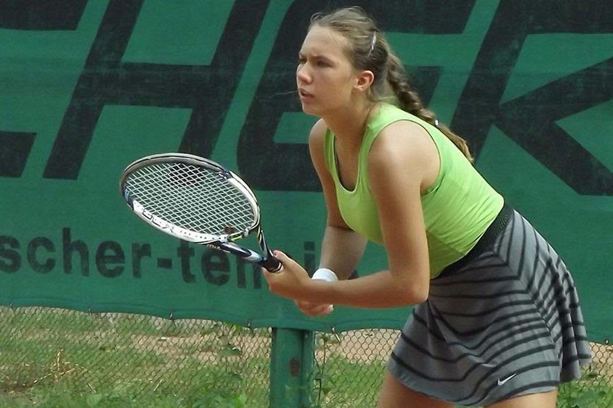 Alexandrova Tennis