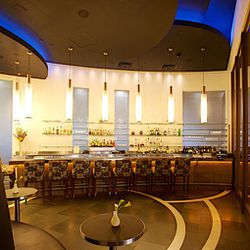 The bar at Restaurant Charlie.