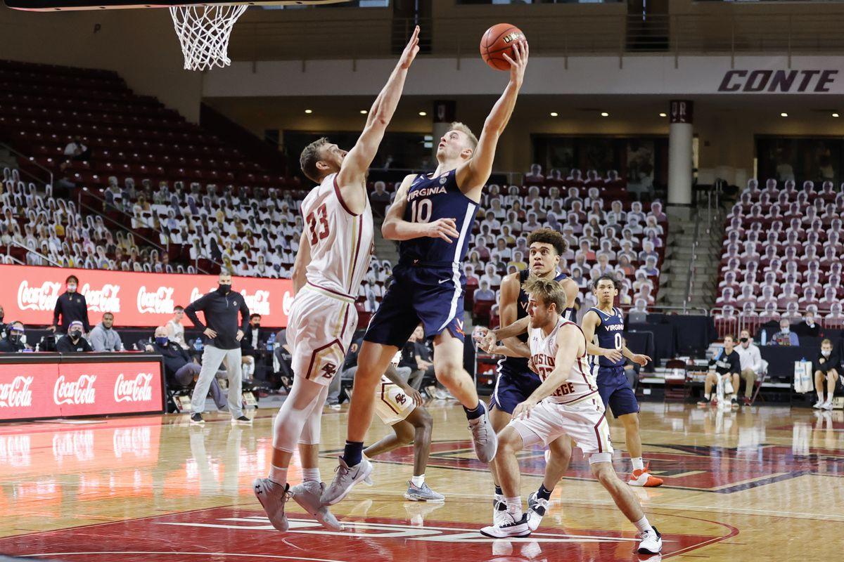 COLLEGE BASKETBALL: JAN 09 Virginia at Boston College