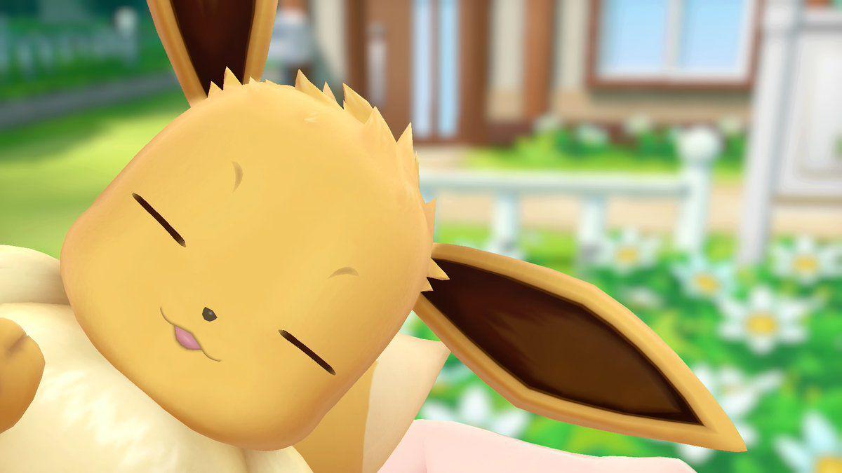 Pokémon: Let's Go! Eevee looking v. cute.