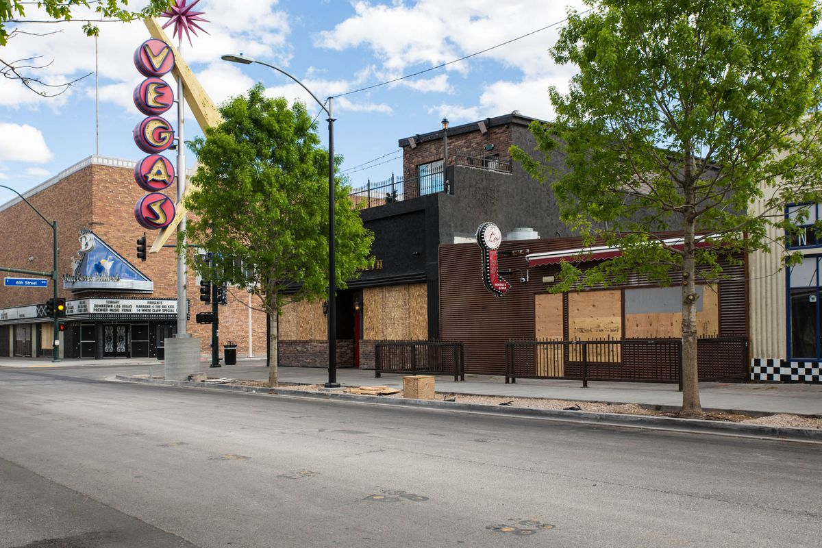 Bars and restaurants such as Commonwealth and Le Thai boarded up their windows when they closed due to the mandatory shutdown of nonessential businesses in Nevada.