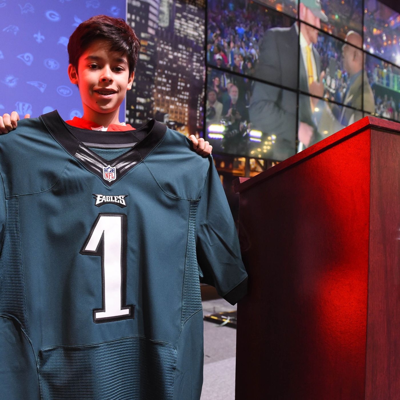 online store ae1fb 42575 Why do the Eagles  green jerseys look so different than they did a few  years ago  - Bleeding Green Nation