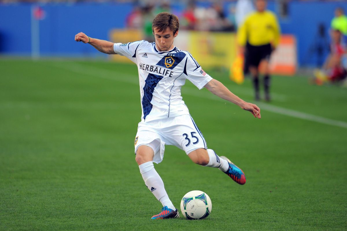 The 23-year-old Cochrane made 12 appearances for the Galaxy in his rookie season, starting nine times.
