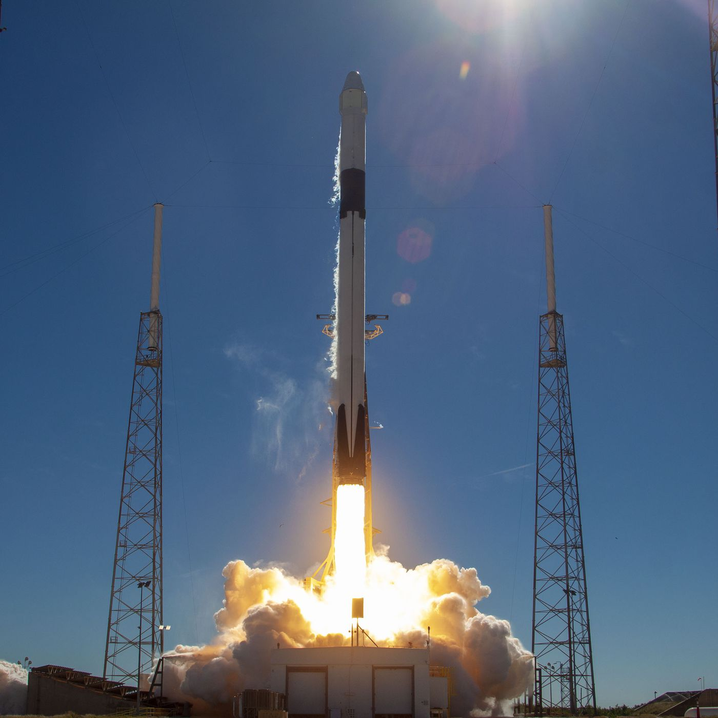 Spacex Just Launched A New Docking Port To The International Space Station The Verge