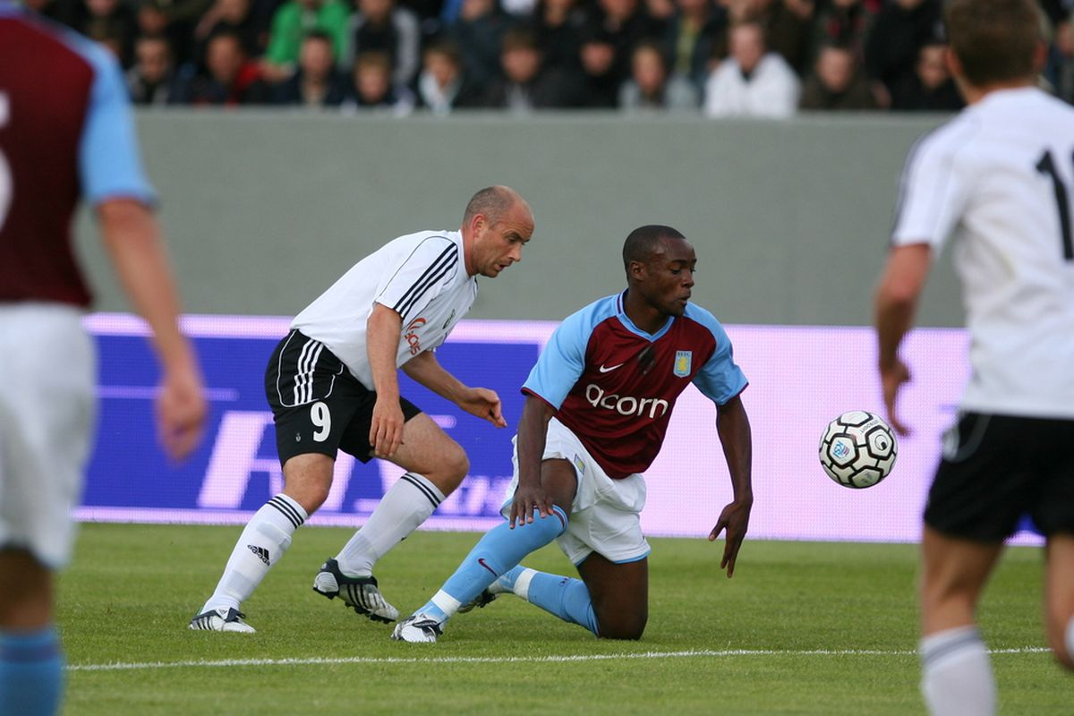 Nigel Reo-Coker, Aston Villa's feisty midfield captain (By Dagur Brynjólfsson from Hafnarfjordur, Iceland)