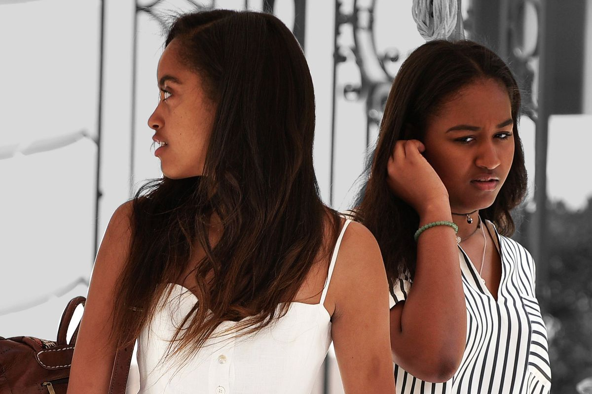 Malia And Sasha Obama Have Left The Building The Ringer