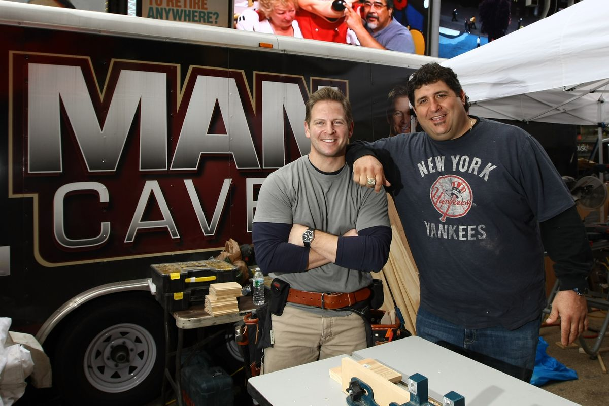 Jason Cameron & Tony Siragusa Build The Ultimate Man Cave In Times Square