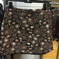 Skirt, size 8, $112 (from $330)