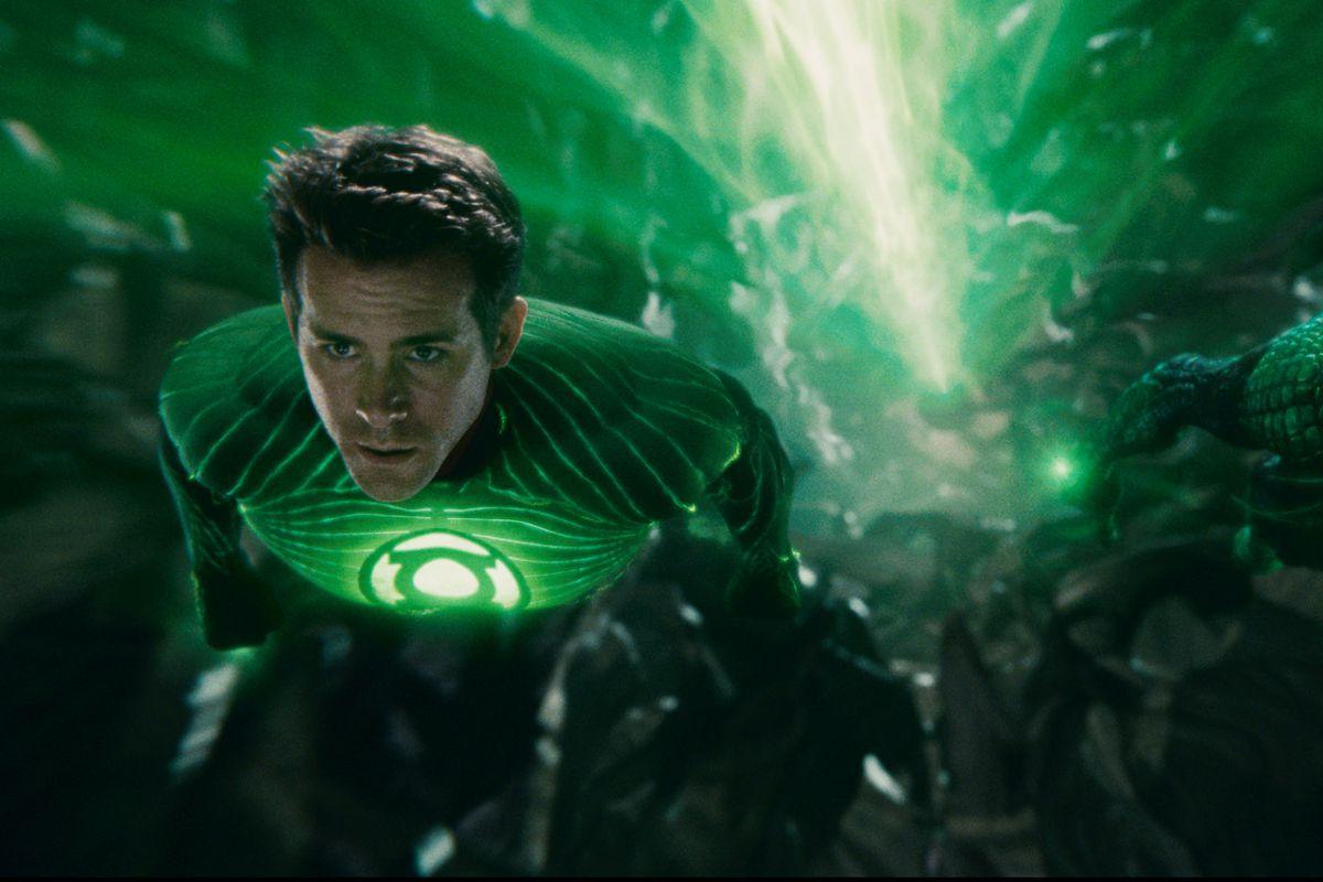 Ryan Reynolds as Green Lantern 2011
