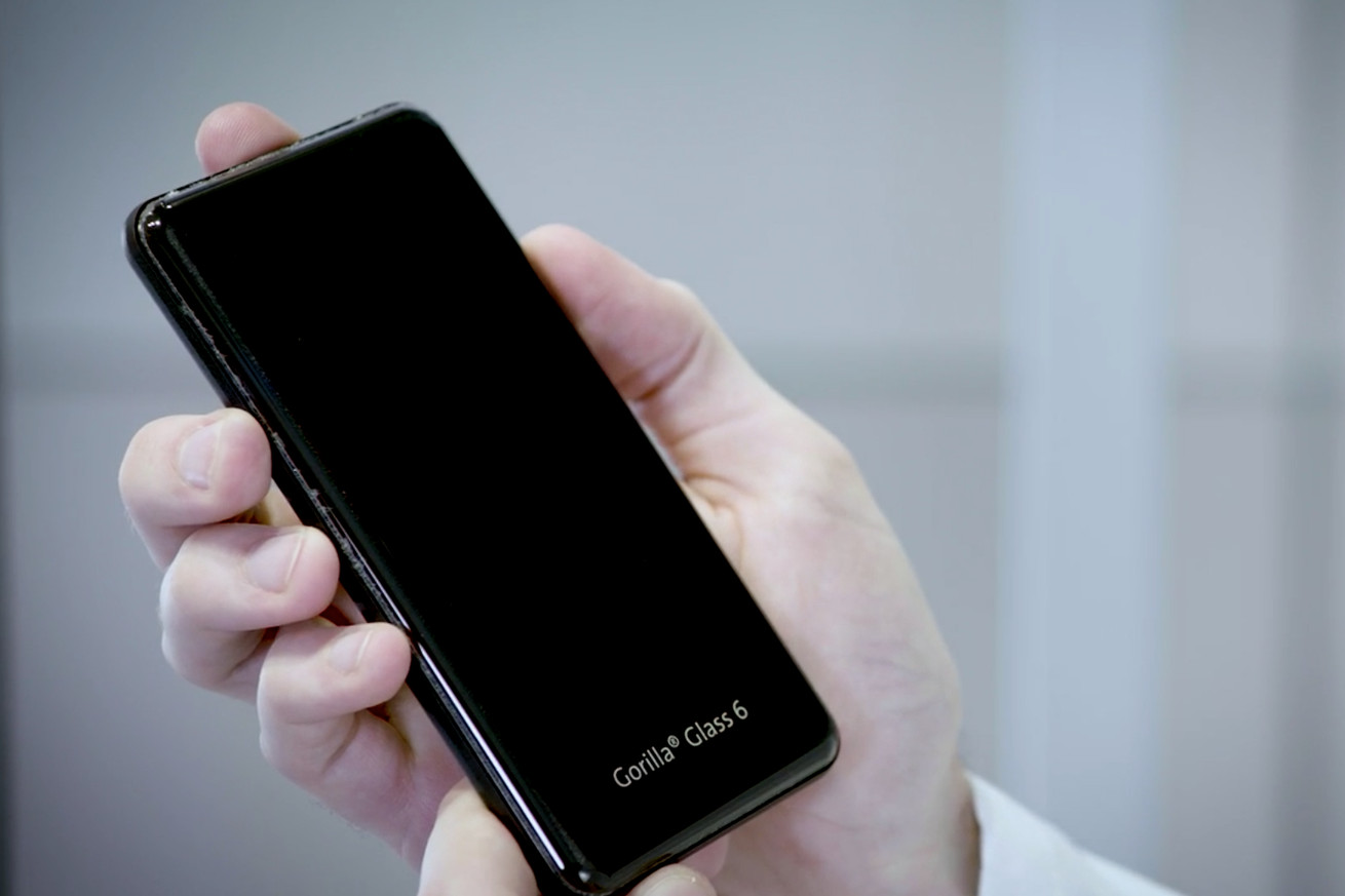 corning s new gorilla glass 6 will let your phone survive 15 drops