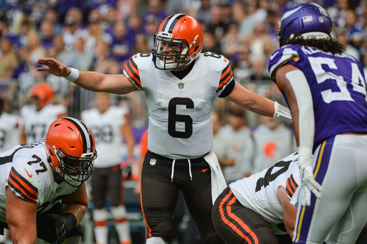 Cleveland Browns quarterback Baker Mayfield (6) leads the offense against the Minnesota Vikings during the first quarter at U.S. Bank Stadium.