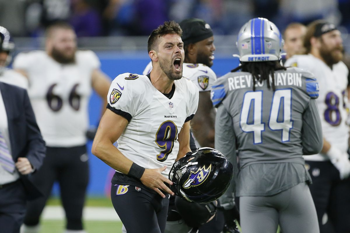 Ravens kicker Justin Tucker celebrates after kicking a 66-yard field goal Sunday against the Lions in Detroit.