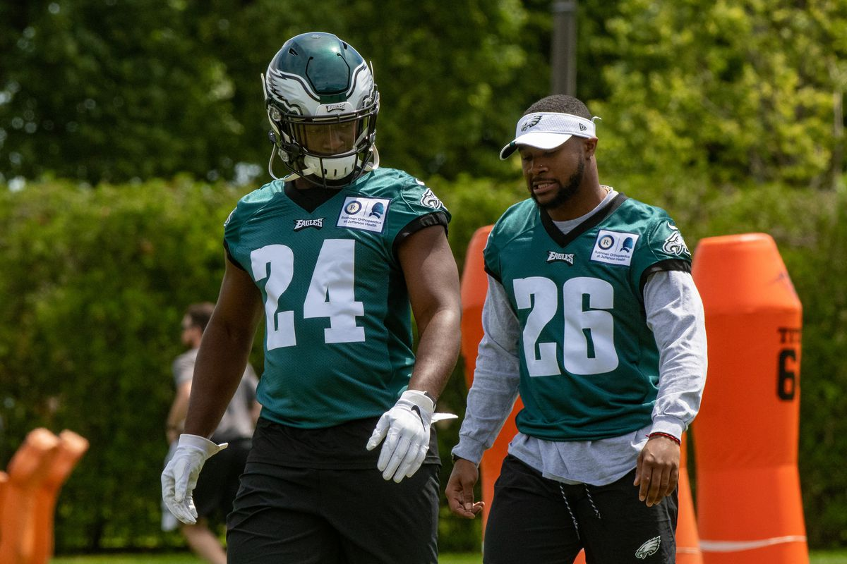 The arguments about the Eagles' running back situation have shifted, and I am here for it