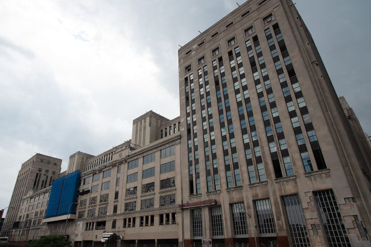 Uber joins corporate parade to Chicago's Old Main Post Office