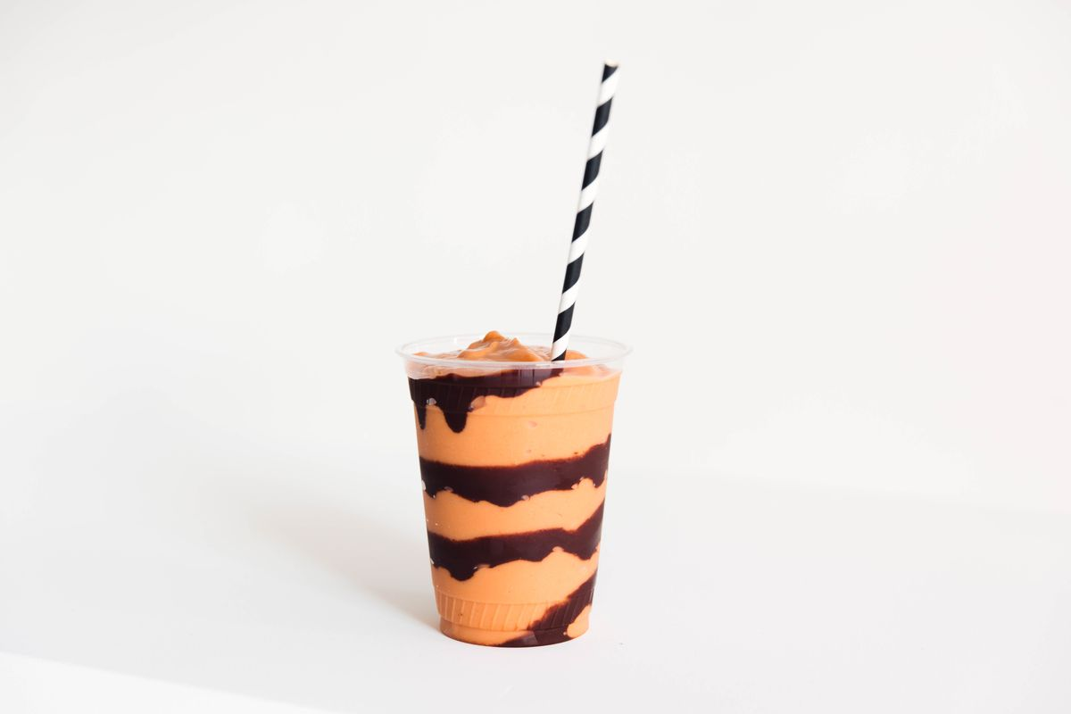 A Chocomey smoothie from Zumo with unsweetened cocoa syrup and tropical fruit