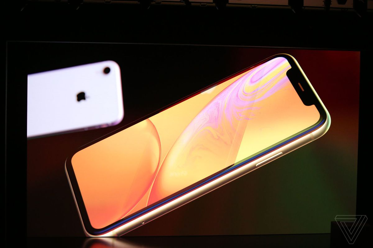Apple's iPhone XS and XS Max prices range from $999 to