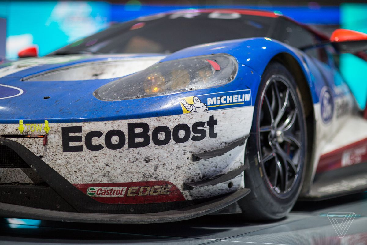 The most beautiful car at the Detroit Auto Show is covered in dirt ...