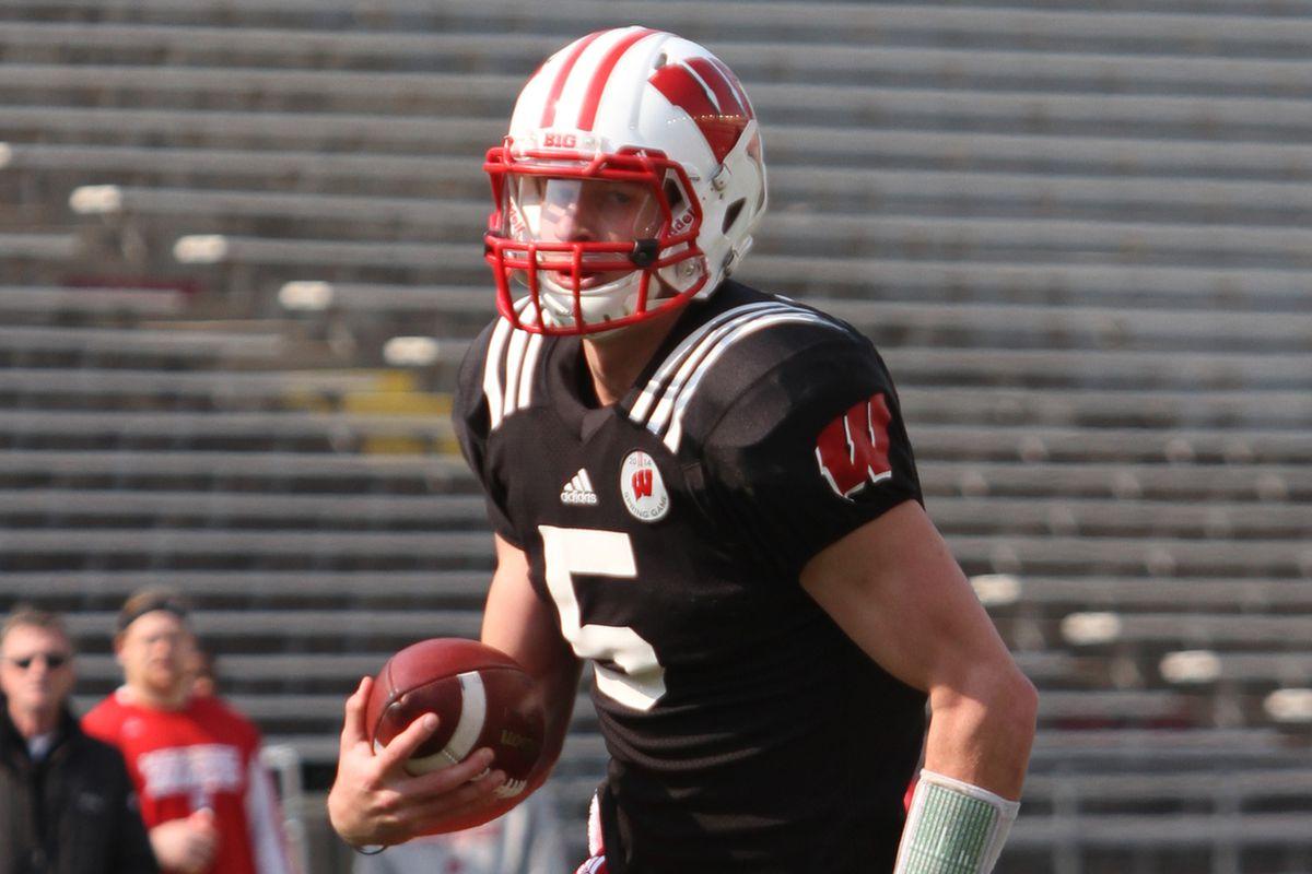 Can Tanner McEvoy win Wisconsin's starting quarterback job?