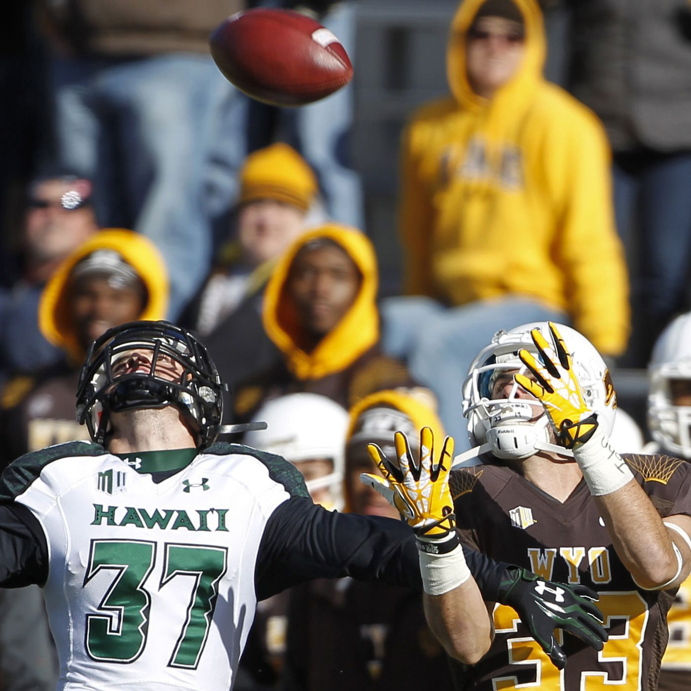 Wyoming Vs Hawaii Live Stream Tv Schedule Game Guide And Odds Sbnation Com