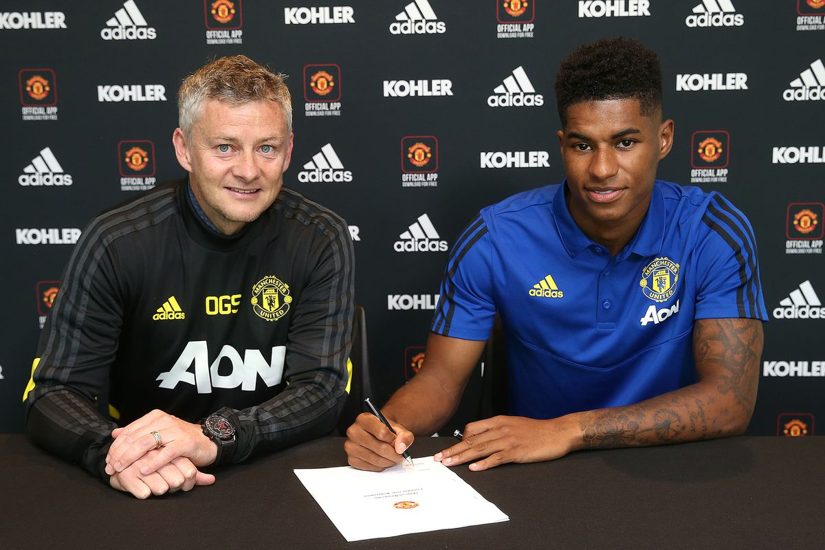 Marcus Rashford Signs a New Contract at Manchester United