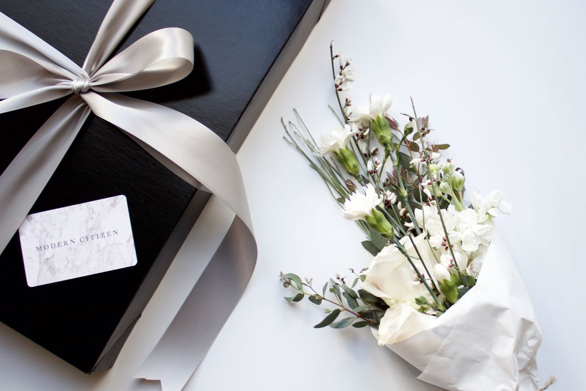 Procrastinating Cupids: These Hand-Delivered Gifts Just Saved Your ...