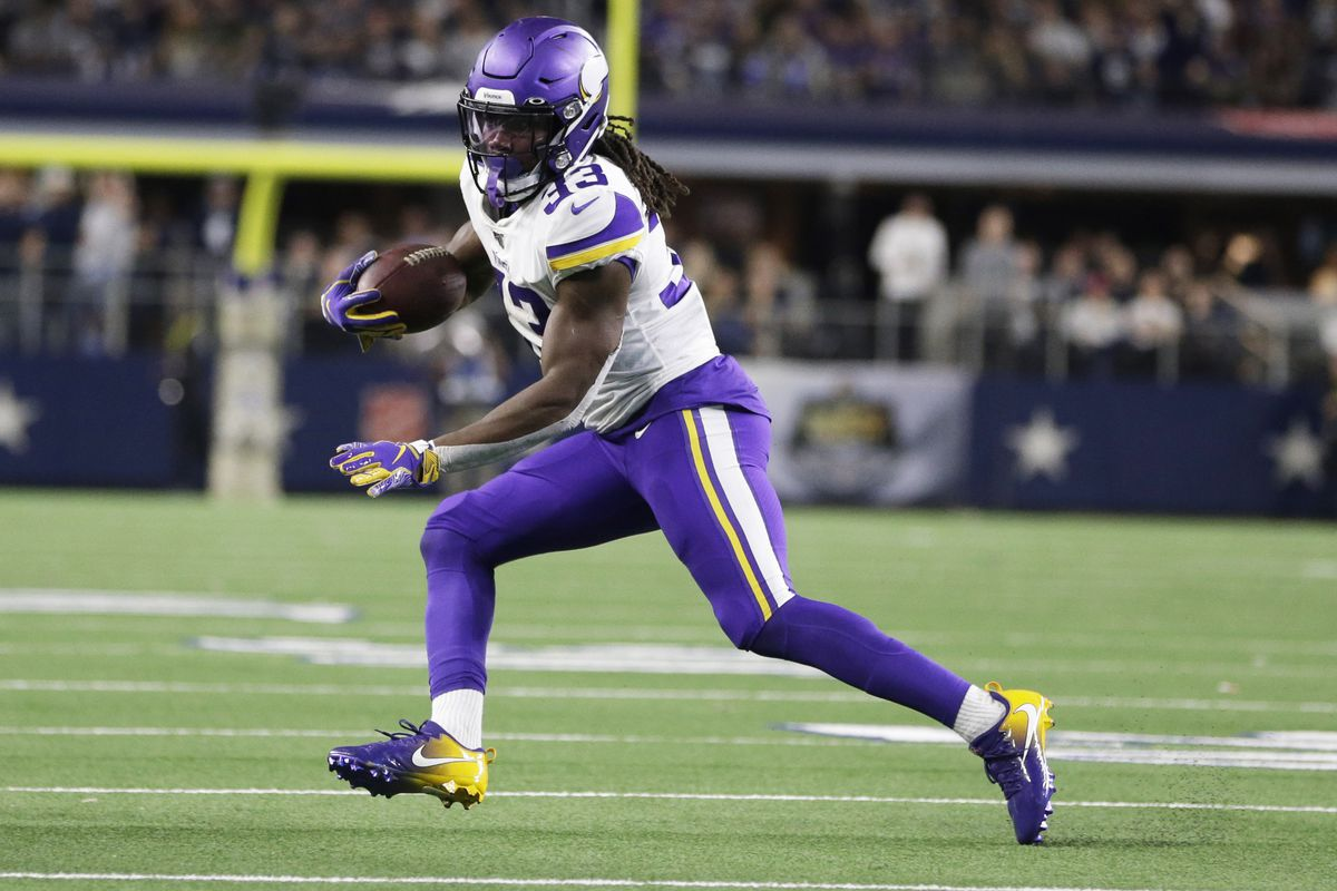 Minnesota Vikings running back Dalvin Cook runs the ball in the second quarter against the Dallas Cowboys at AT&T Stadium.