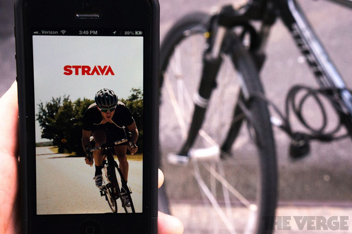 Strava s Premium service will pay for smartphones that break in cycling  accidents f13d75d3f