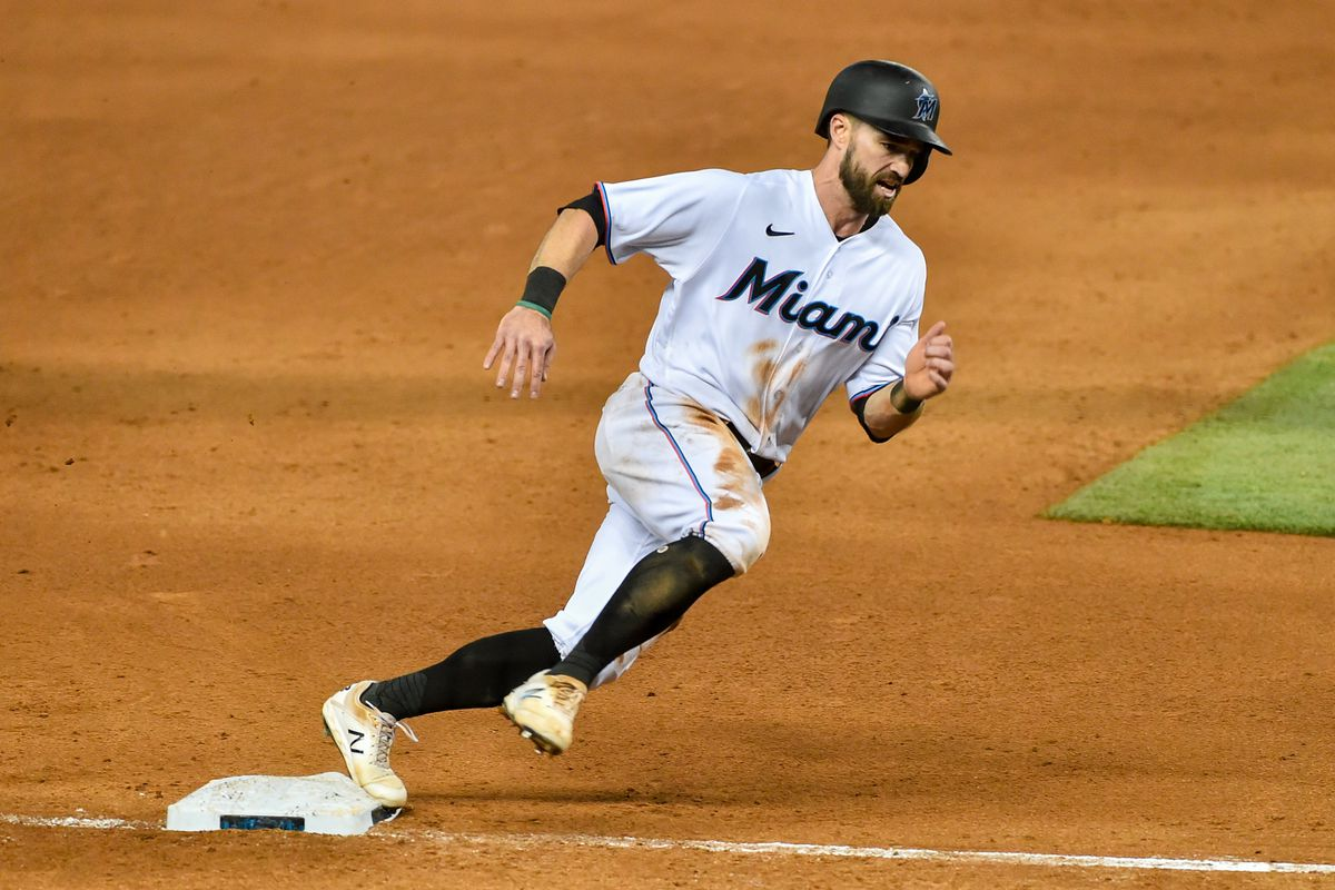 Jon Berti #5 of the Miami Marlins rounds third base during the eighth inning against the Philadelphia Phillies at loanDepot park