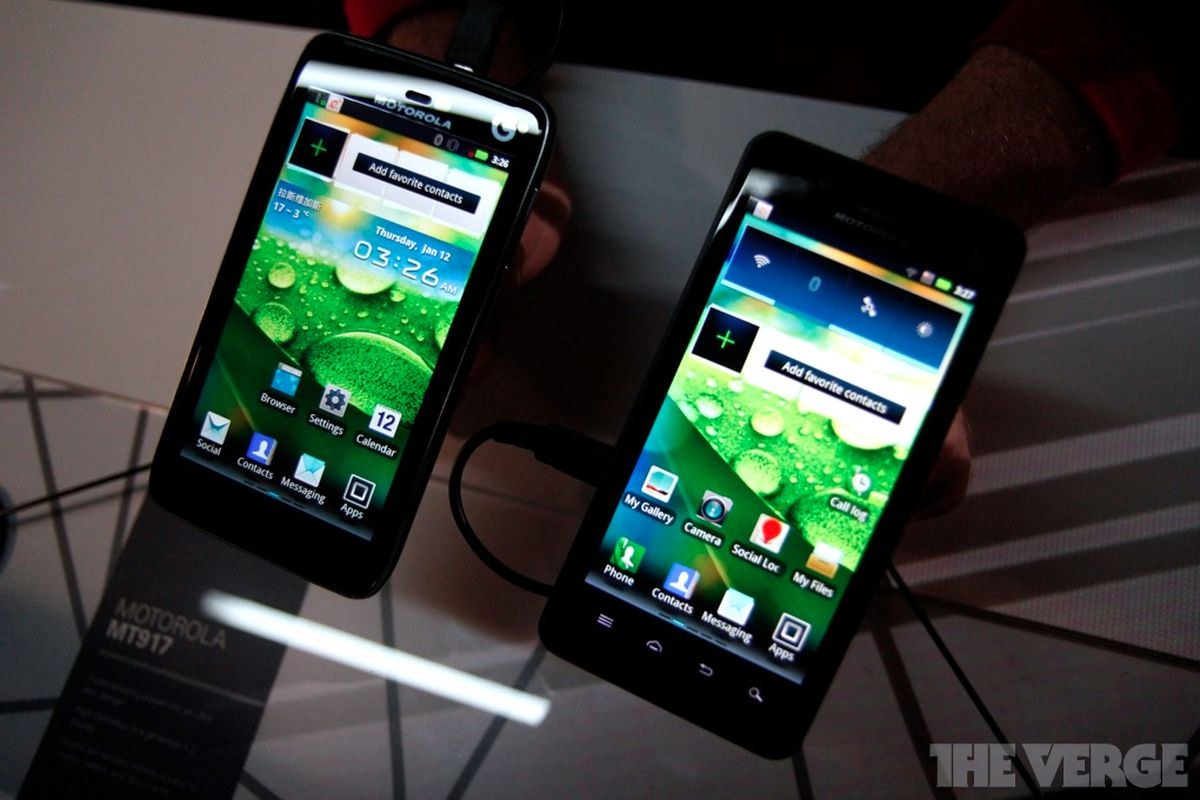 Motorola MT917 and XT920