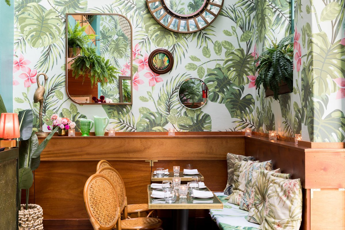 Seating nook at Leo's
