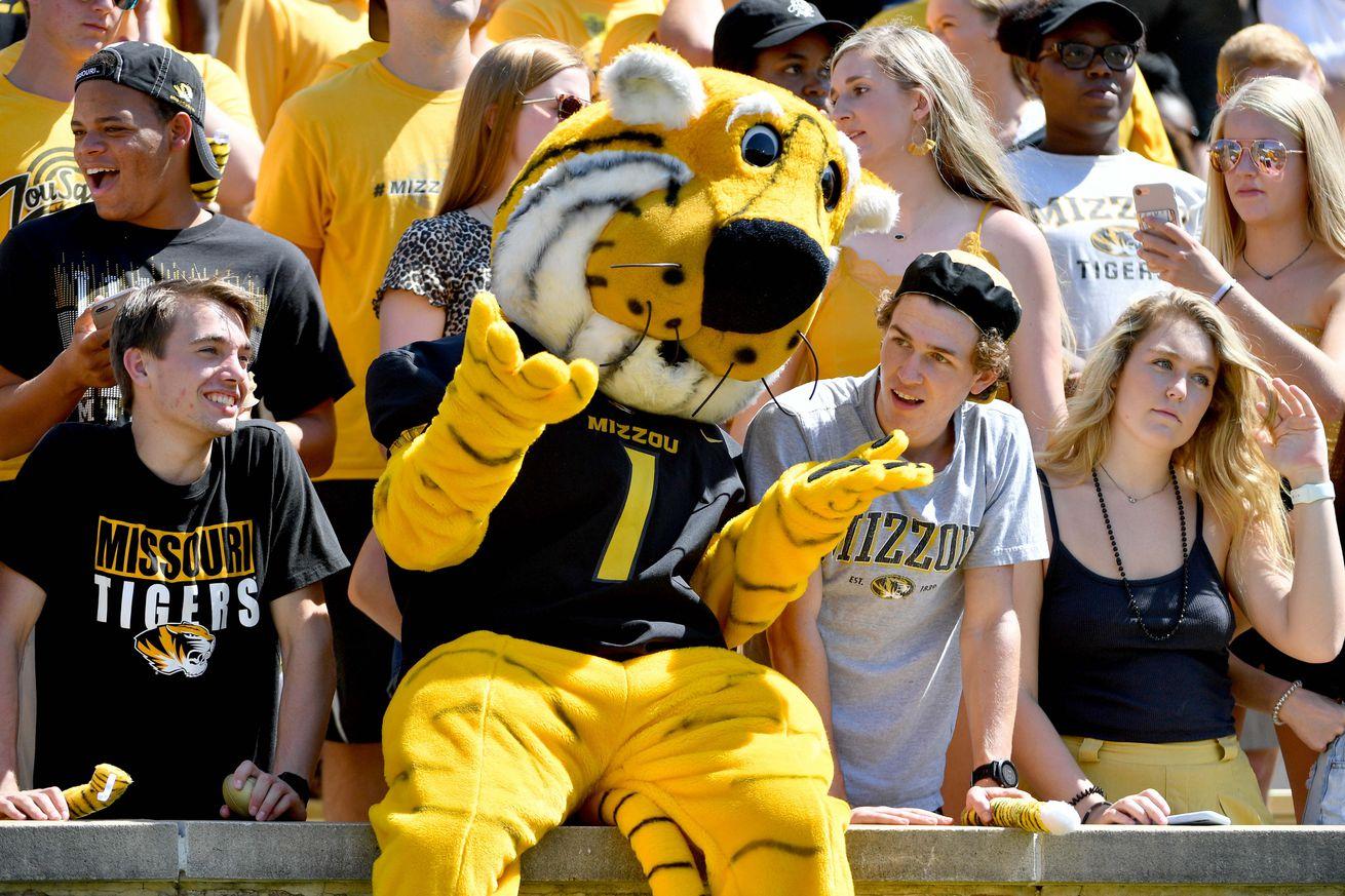 NCAA Football: West Virginia at Missouri