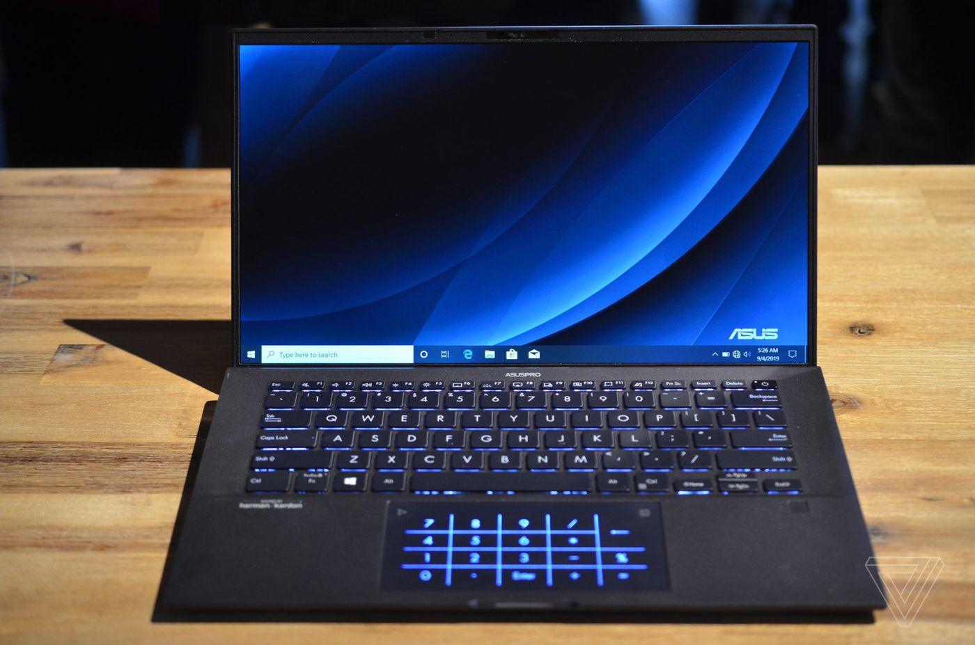 Cara Merawat LCD Laptop Dengan Benar Supaya Awet