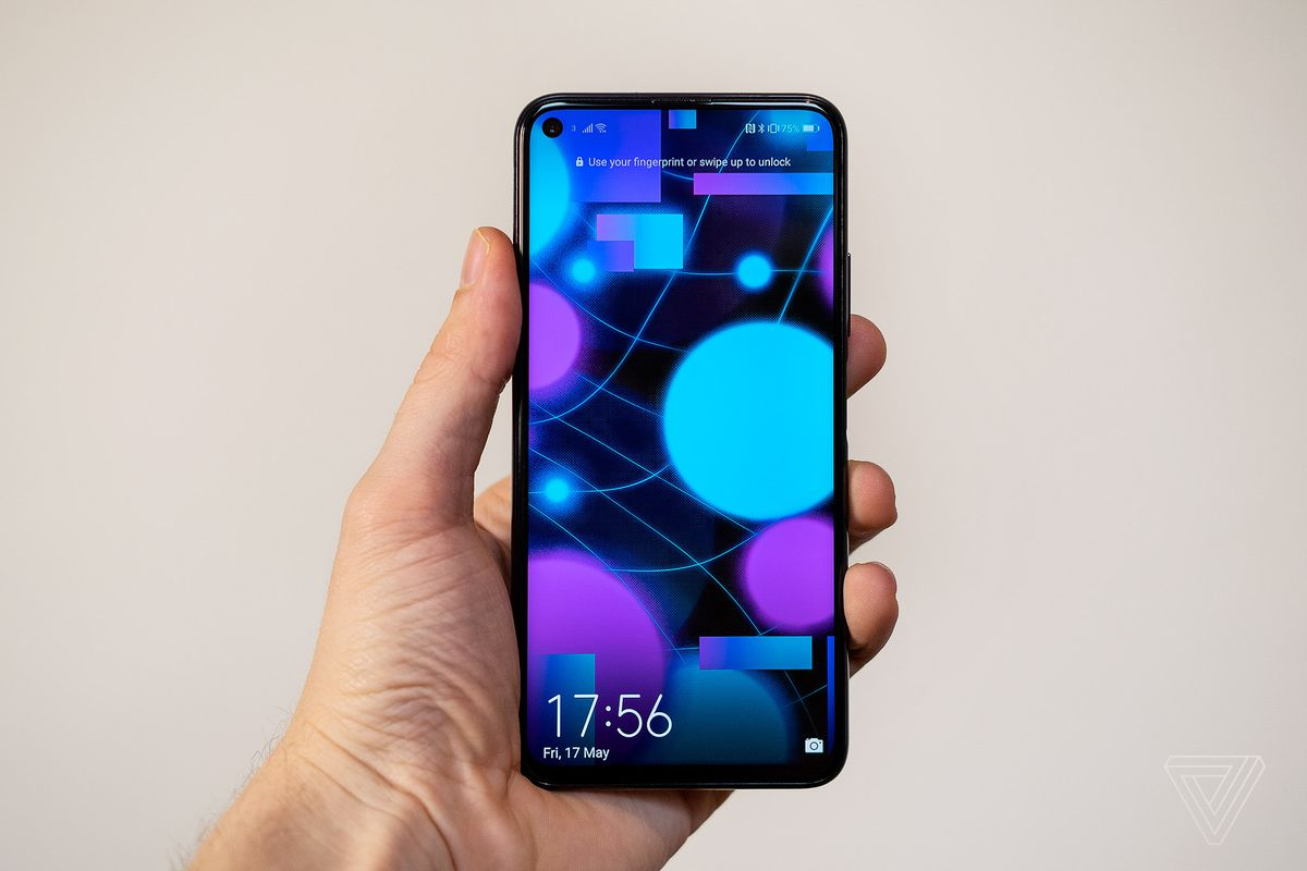 The Honor 20 Pro has flagship specs with a midrange price