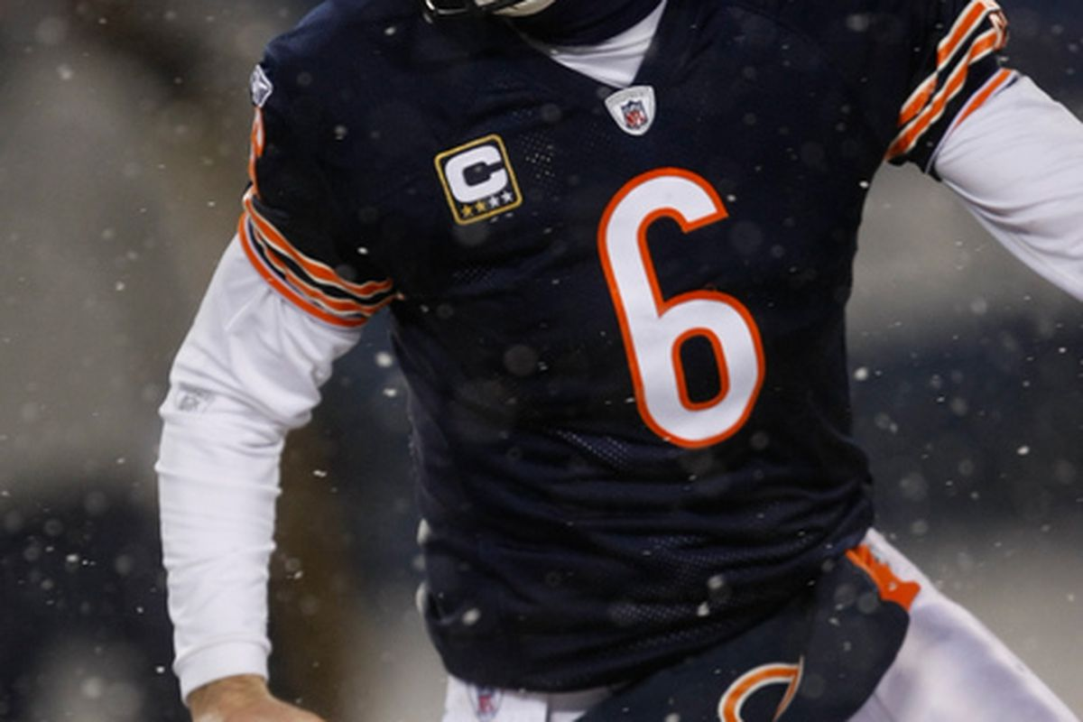 CHICAGO IL - DECEMBER 12: Jay Cutler #6 of the Chicago Bears runs against the New England Patriots at Soldier Field on December 12 2010 in Chicago Illinois. The Patriots defeated the Bears 36-7. (Photo by Scott Boehm/Getty Images)