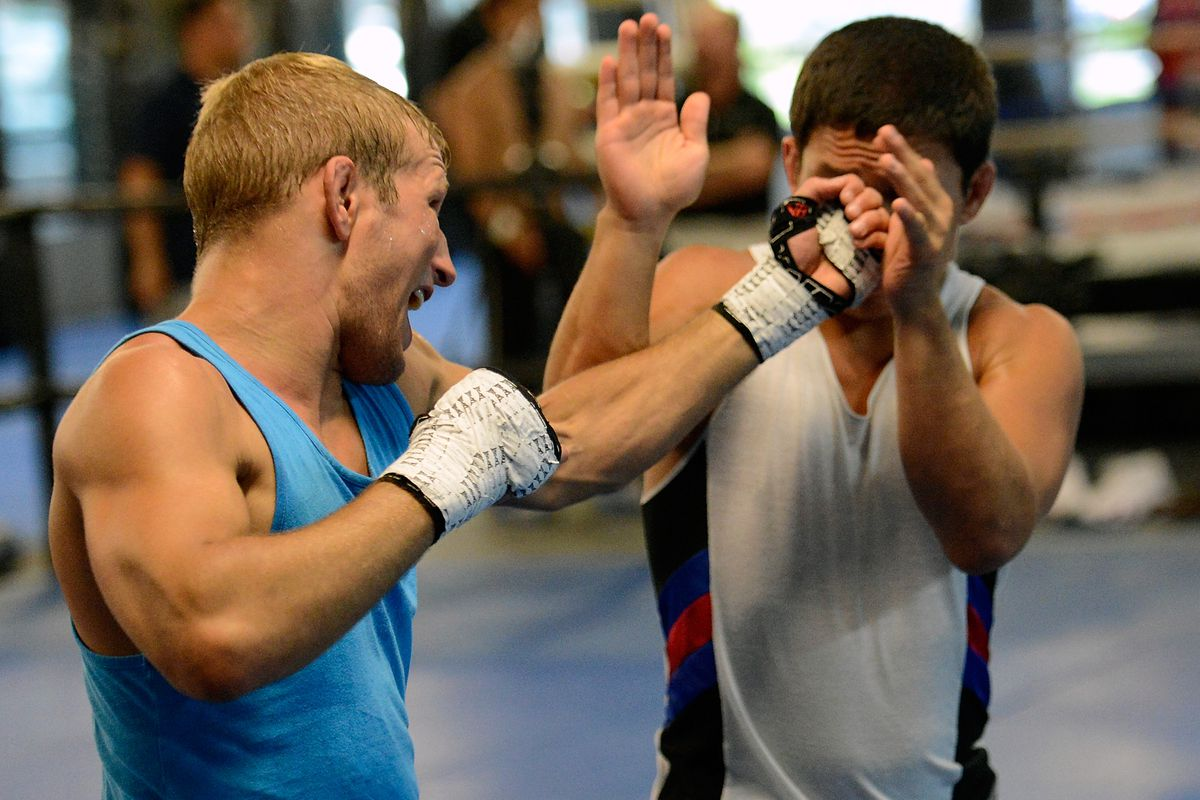 UFC 148 Preview: Team Alpha Male Workouts
