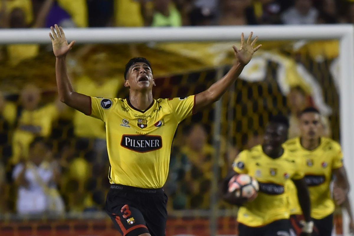 Ecuador's Barcelona player Xavier Arreaga celebrates a goal against Brazil's Santos during their 2017 Copa Libertadores football match at Monumental stadium in Guayaquil, Ecuador on September 13, 2017.
