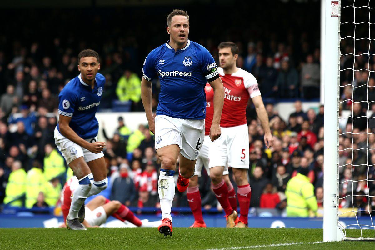 Everton FC v Arsenal FC - Premier League