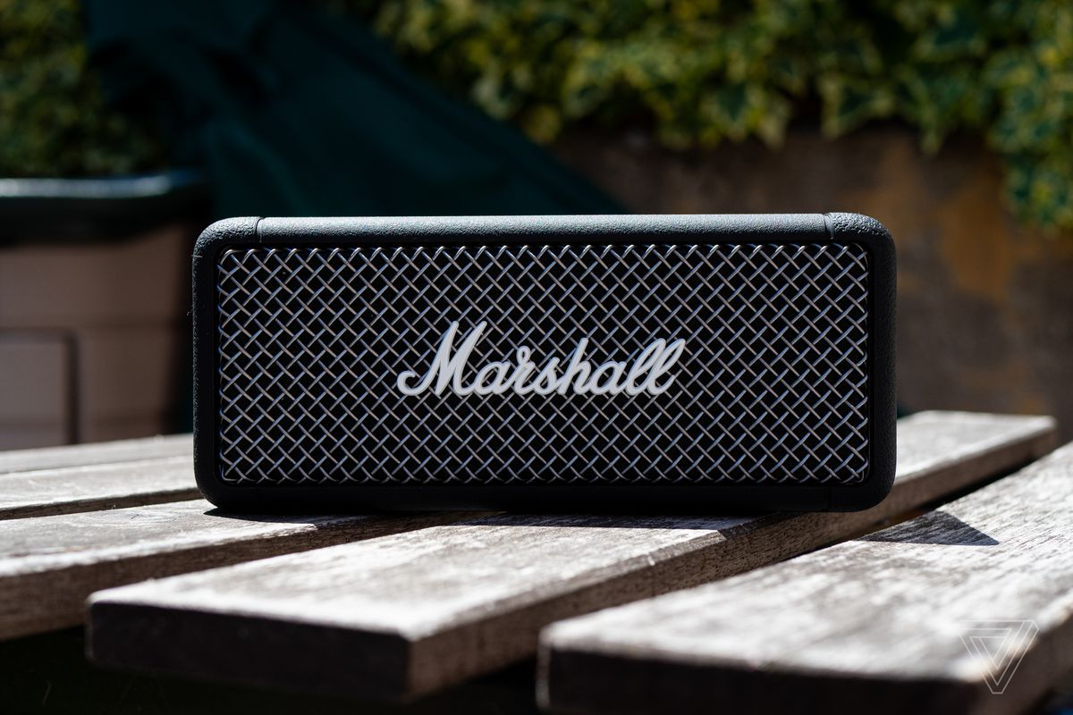 Marshall Emberton Review A Rugged Refined Bluetooth Speaker The Verge
