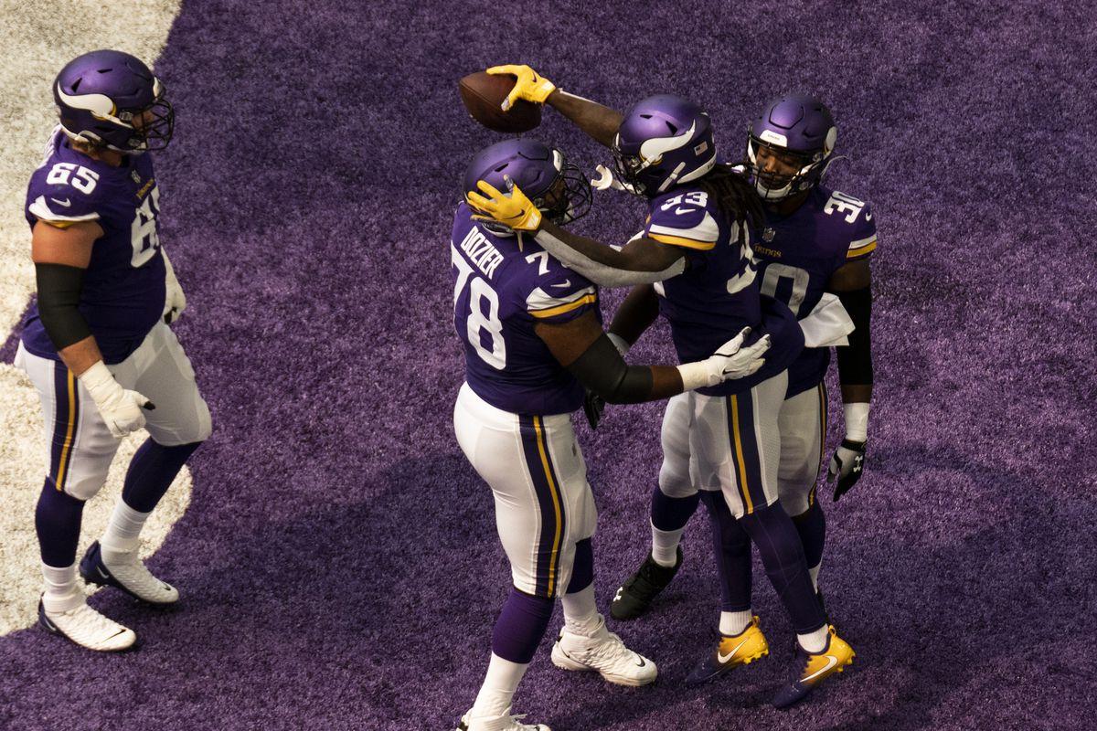 Green Bay Packers v Minnesota Vikings