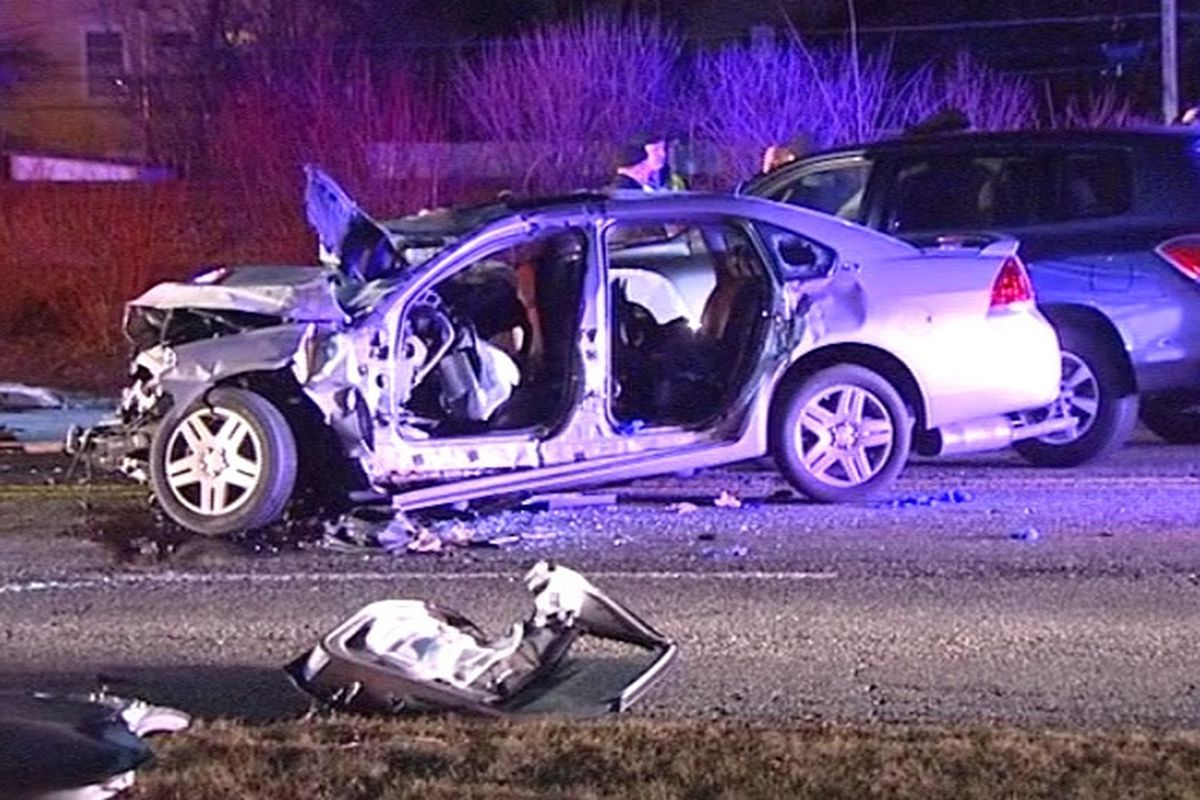 Police 4 Dead 1 Critical After Des Plaines Car Wreck Chicago Sun