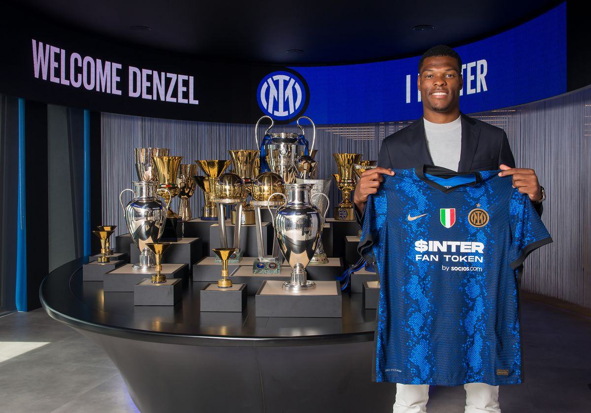 FC Internazionale Unveils New Signing Denzel Dumfries