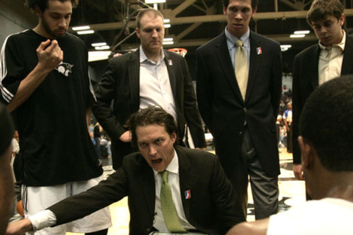 """<a href=""""http://www.48minutesofhell.com/wp-content/uploads/2010/04/toros-huddle.jpg"""">Quin Snyder</a> doing what he do."""