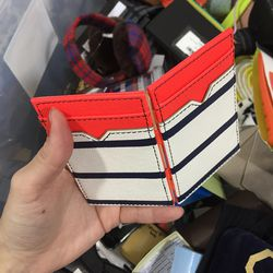 Small wallet, $10