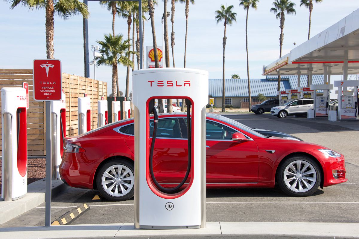 Santa Monica Could Get A Tesla Restaurant And Charging Station