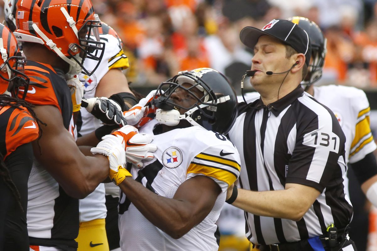 detailed pictures 316a4 9b4ca Pittsburgh Steelers wide receiver Antonio Brown fined again ...