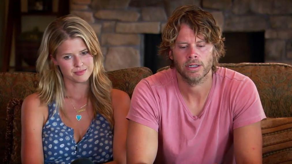 Sarah Wright and Eric Christian Olsen on 'House Hunters'